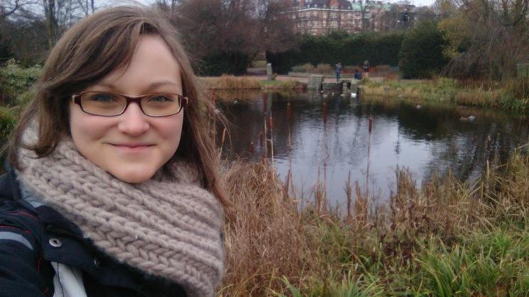 Schöner Park mit Teich